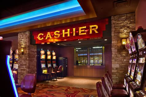 DOJ and FinCEN Wag Fingers at Casinos Over Bank Secrecy