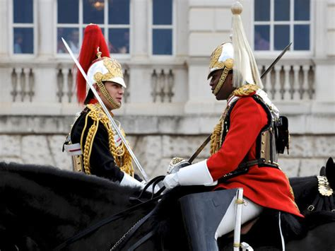 Changing the Guard | times, facts and general info – Time Out