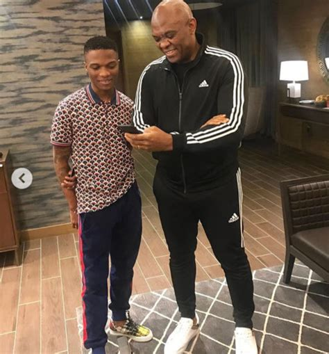 Reactions as fan tried to compare Wizkid's net worth to