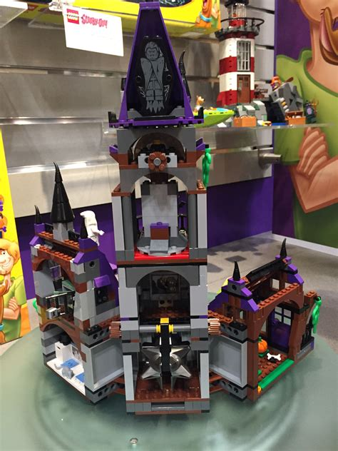 LEGO Scooby-Doo Mystery Mansion 75904 Photos Preview