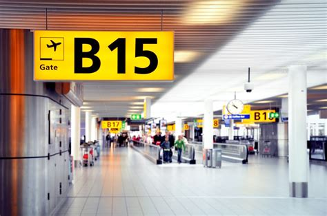 25 Useful English Vocabulary Words for the Airport